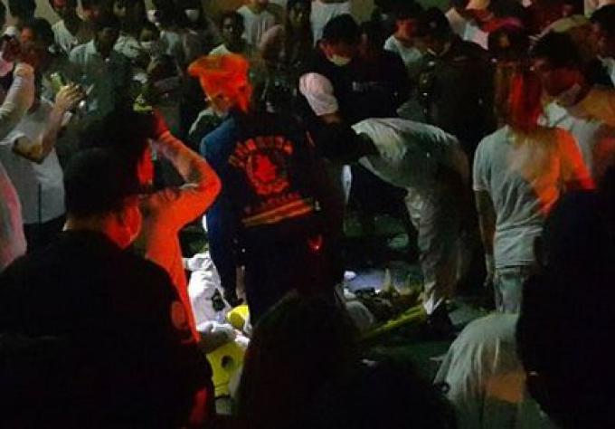 Un jeune de 15 ans meurt par une fusillade au Festival Végétarien de Phuket