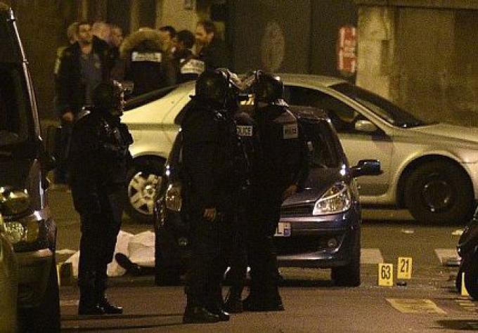 Attaques de Paris : un des attaquants a mentionné l'action militaire française en Syrie, dit le t�