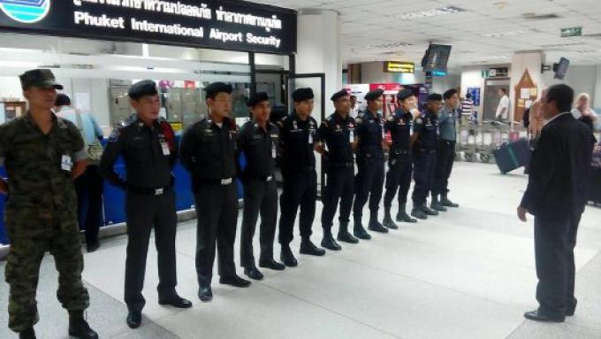 La sécurité de Phuket en état d'alerte accrue dans le sillage des attaques meurtrières de Paris