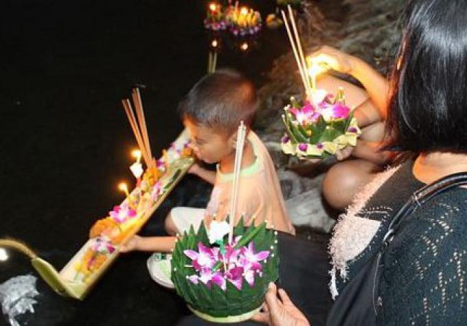 Phuket se prépare pour le festival Loy Kratong