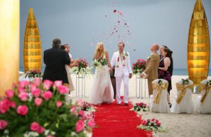 L'interdiction de mariage sur la plage de Phuket est levée