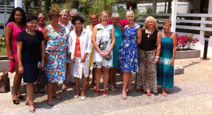 Le PIWC va à la Méditerranée, comme l'œuvre de bienfaisance vénéré de Phuket qui se procure d