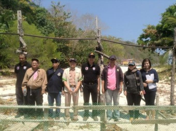 Les fonctionnaires agissent sur  le canal de Koh Racha rang