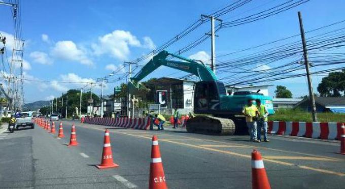 Le travail sur le passage souterrain de Phuket Chalong commence