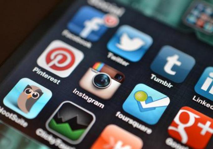 Buzz du Bisiness: l'année médiatique sociale en revue