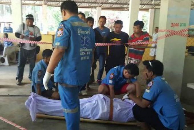 Un masseur aveugle a été abattu par son frère à l'enterrement de leur père à Krabi