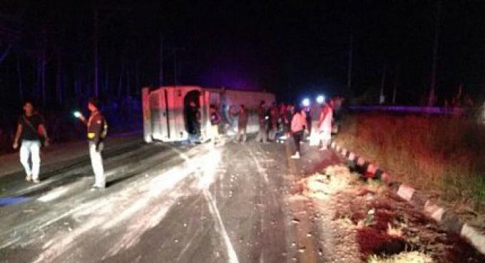 18 personnes blessées, dont des touristes chinois, dans un accident de bus au large de Phuket