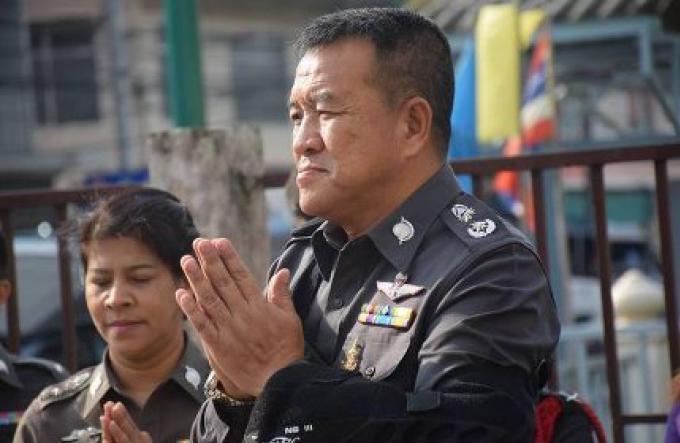 La police continue de poursuivre les suspects des émeutes