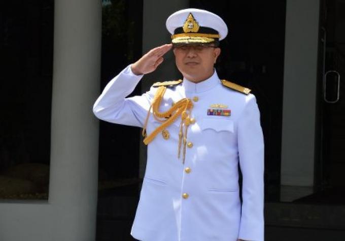 Entrevue avec le commandant de la marine regionale