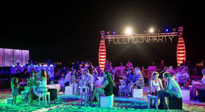 Xana Beach Club fêtera la pleine lune à Phuket