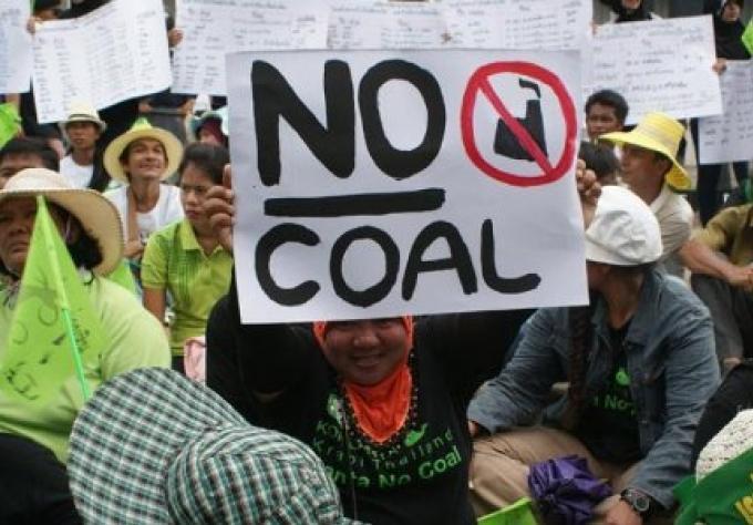 Krabi centrale au charbon rejetée