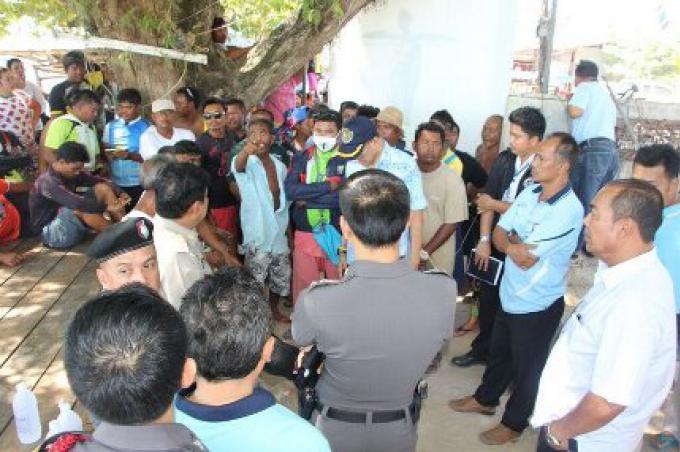 Les Militaires appelés pour les gitans de la mer de Phuket blessés dans un affrontement lors d'une