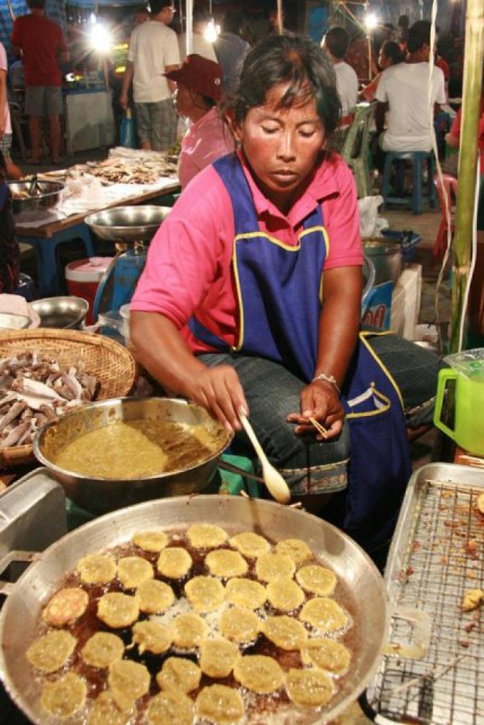 La grande foire annuelle au Wat Chalong