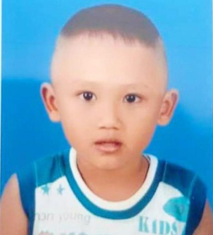 La mère demande de l aide pour retrouver son fils, 3 ans, disparu à Wichit