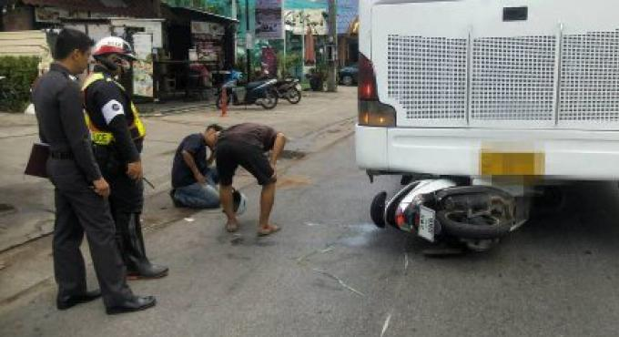 Un couple allemand blessé dans un accident de 2 roues avec un bus de tournée