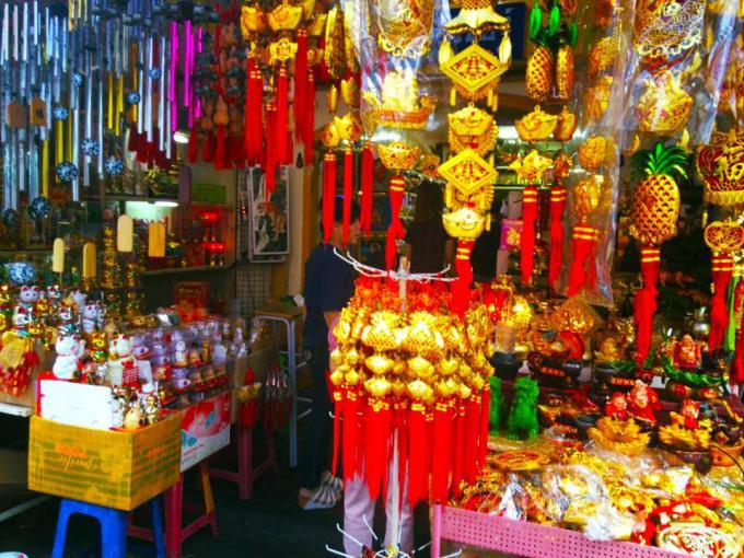 Les touristes affluent à Phuket pour le nouvel an chinois