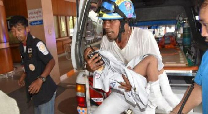 Les photos des médias sociaux montrent 'Nong DJ'  3 ans retrouvé vivant en état de faiblesse