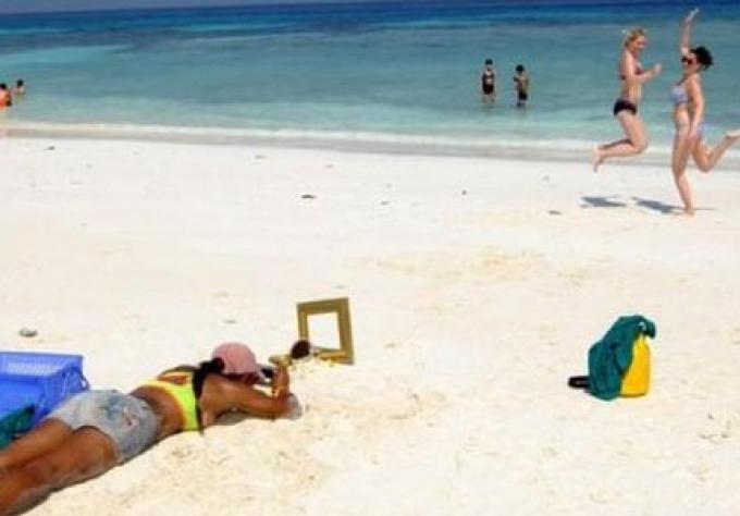 Les iles: obtenir l'interdiction des bars et limiter les touristes