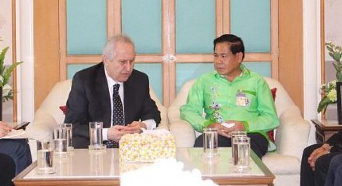 L'Ambassadeur de Turquie en visite à Phuket, mais non sans quelques plaintes