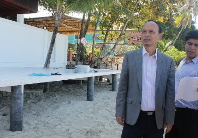 Répression sur les structures de plage illégale, continuent à Phuket.