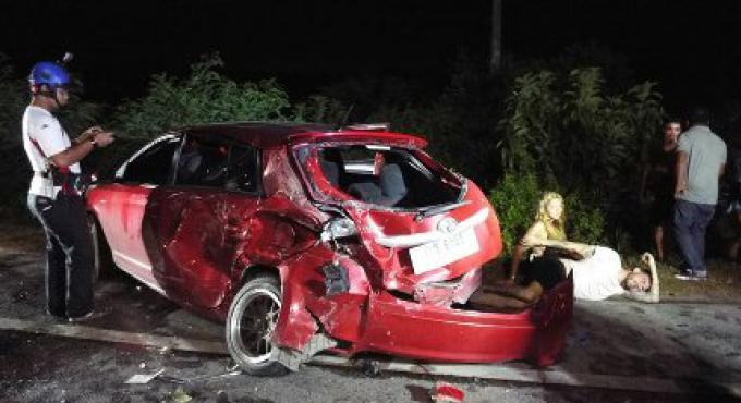 Deux touristes blessés en début de matinée dans une collision frontale avec un taxi