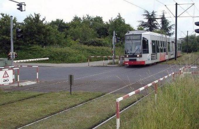 Les plans du projet du train léger sont en cours de révision