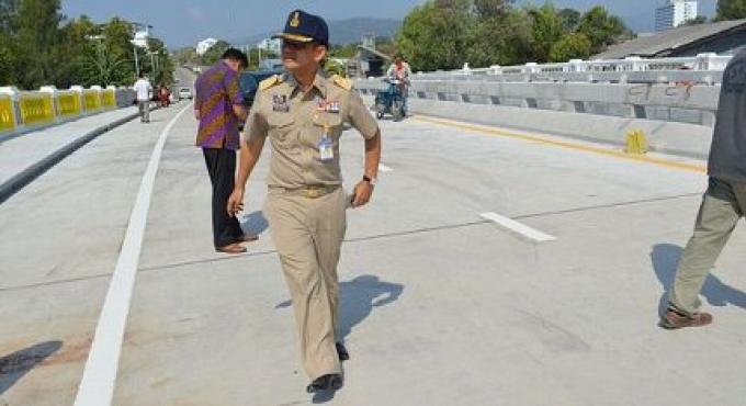 Le pont de Phuket longtemps attendu devrait être fini completement ce mois-ci et ouvrira peu de tem