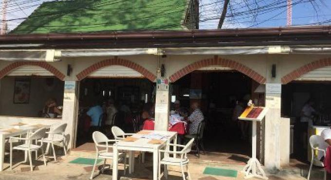 Le restaurant Cefalu ferme à Surin Beach