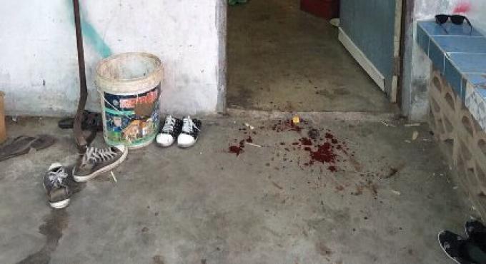 Un homme a été poignardé à mort après avoir attrapé un adolescent entrain de lui voler ses cha