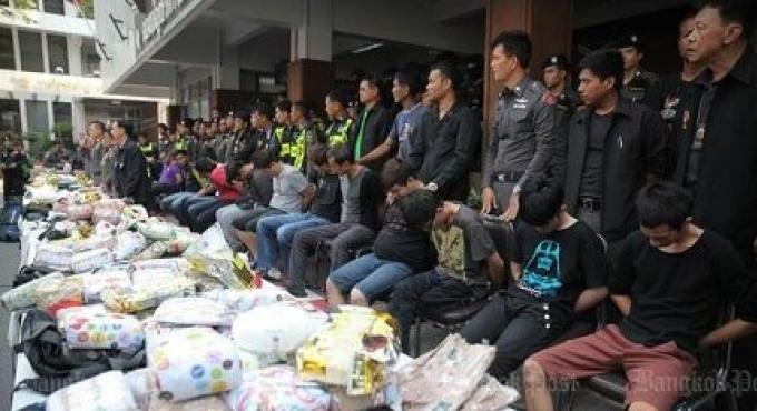 La police thaïlandaise arrête un gang qui transportait de la drogue par train