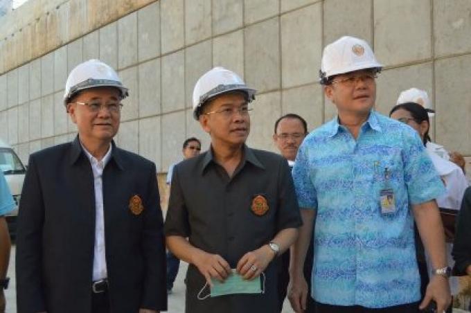 L'inspecteur des Terres recommande l'ouverture de Sam Kong Underpass d'être reportée, la priorité
