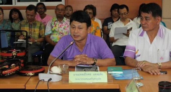 Le maire adjoint de Phuket démissionne suite au fiasco de la peinture murale