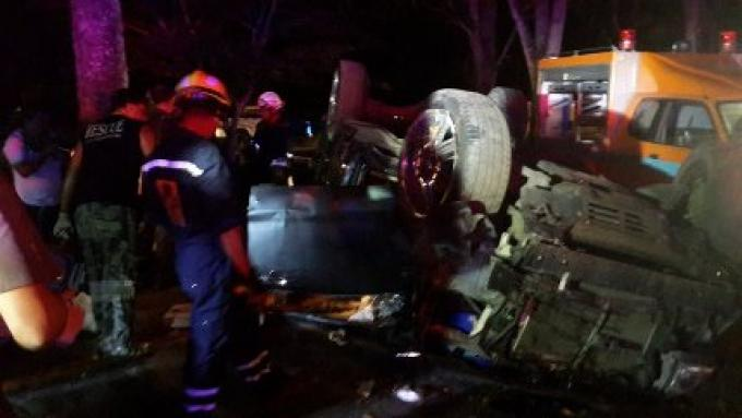 Une étudiante de Phuket de 16 ans meurt dans un accident de la route