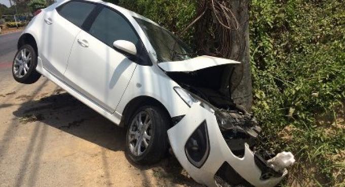 2 adolescents recherchés pour un jet de pierre causant sur une voiture causant un accident