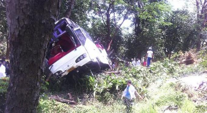 3 morts dans un bus touristique