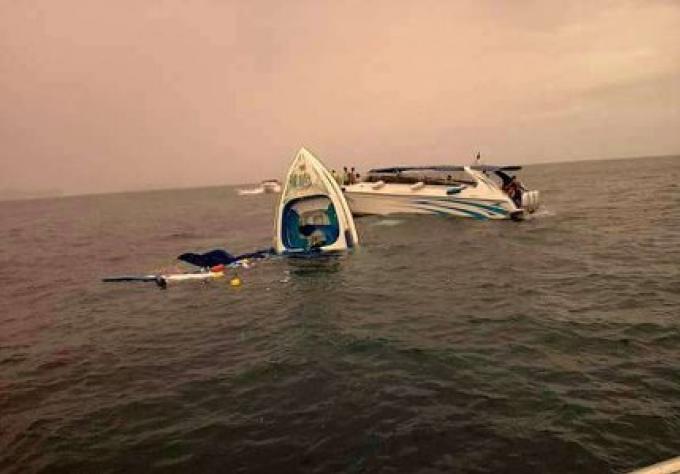 Deux morts et plus de 50 blessés dans une collision de 2 hors-bord au large de Phuket