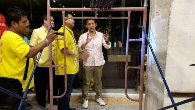 La zone portuaire et les parkings souterrains du centre commerciel de Patong restent fermés au publ