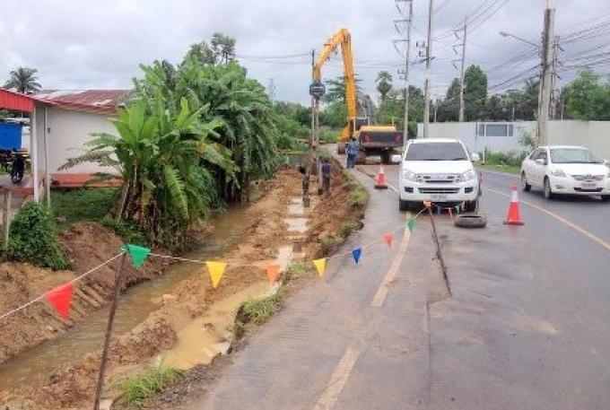 Fermetures de la route à Koh Kaew pourront durer jusqu'en Octobre