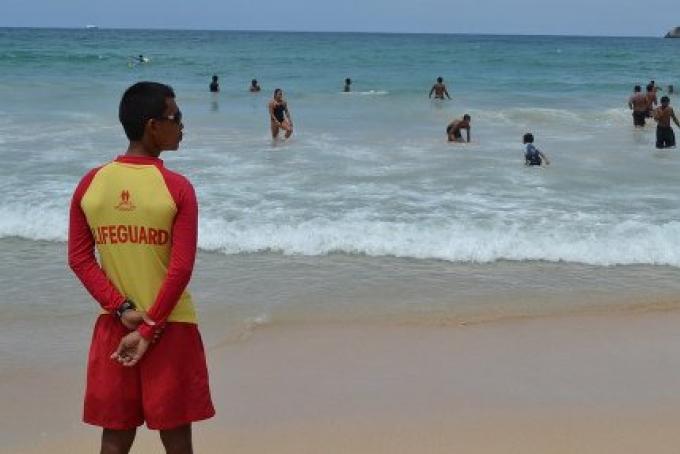 Pas de sauveteurs sur les plages de Phuket demain.