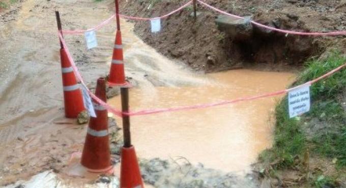 Un petit garçon d'un peu plus de 3 ans retrouvé mort dans un fossé remplie d'eau de pluie