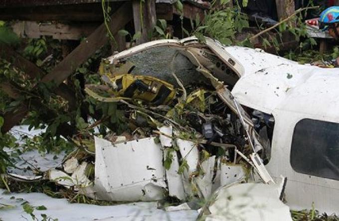 Un mort dans un crash d'un petit avion à Bangkok