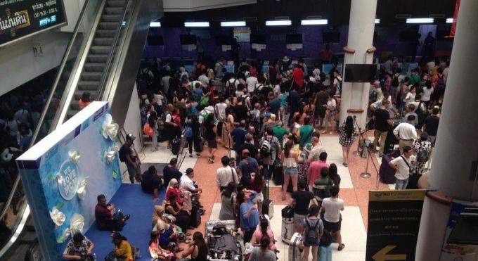 Une coupure électrique programmée plonge l'aéroport de Phuket dans le noir