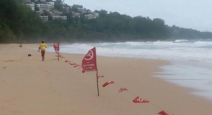 Cinq plages de Phuket fermées à cause de conditions dangereuses