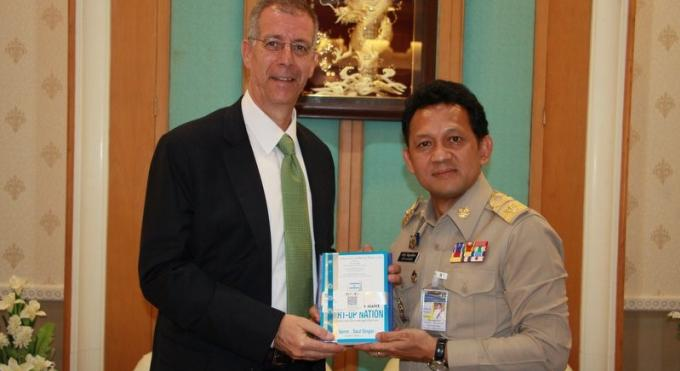 L'ambassadeur d'Israël discute sécurité et tourisme à Phuket