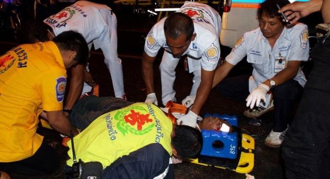 La police de Phuket traque deux suspects après une agression à Srisoonthorn