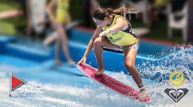 Annissa a pour objectif de gagner le Flowboarding Championship