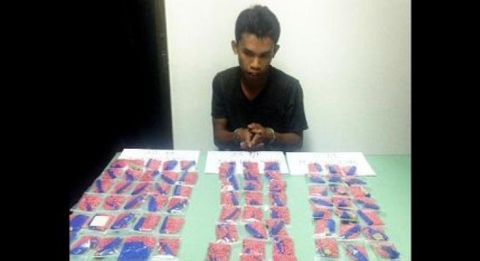 Les policiers de Phuket saisissent un gros revendeur de methamphétamine
