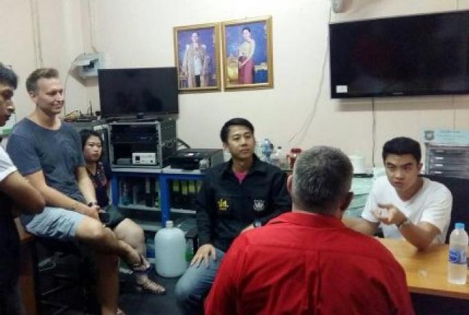 Arrestation d'un fugitif australien à Patong à 23h mardi soir.