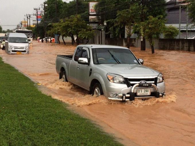 Toujours plus de pluies sont prévues sur Phuket, alors que l'ile fait déjà face à des inondati