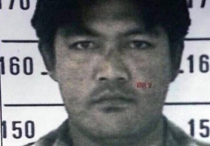 Une chasse à l'homme est lancée pour un violeur et tueur d'un bébé